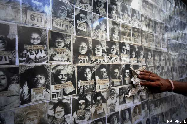 the bhopal disaster of 1984 Bhopal, madhya pradesh, india — in the dim light of her two-room  of the  world's worst industrial disasters, the bhopal gas tragedy of 1984,.